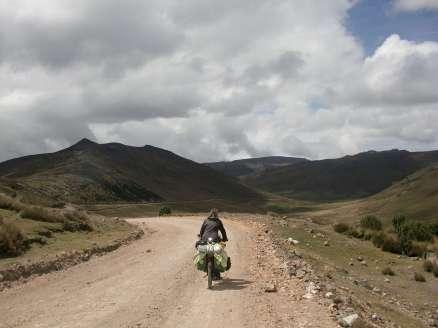 On reprend les petites routes peu fréquentées dans les montagnes